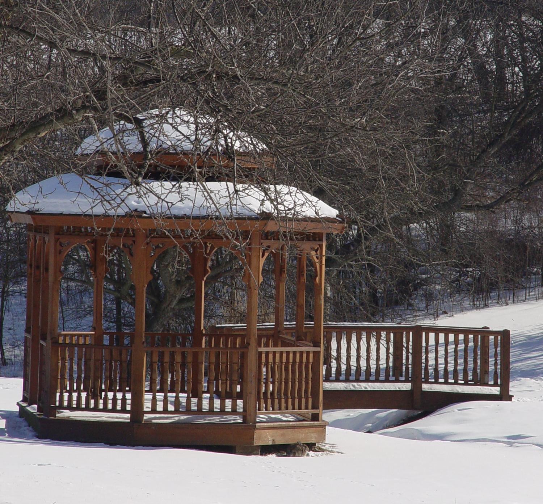 gazebo winter.JPG