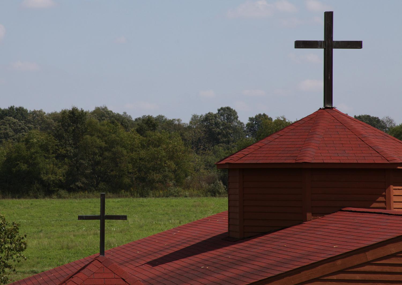 pavillian roof top crosses.JPG