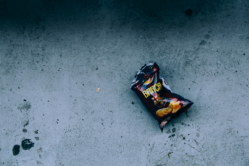 A bag of BlauGrana Chips