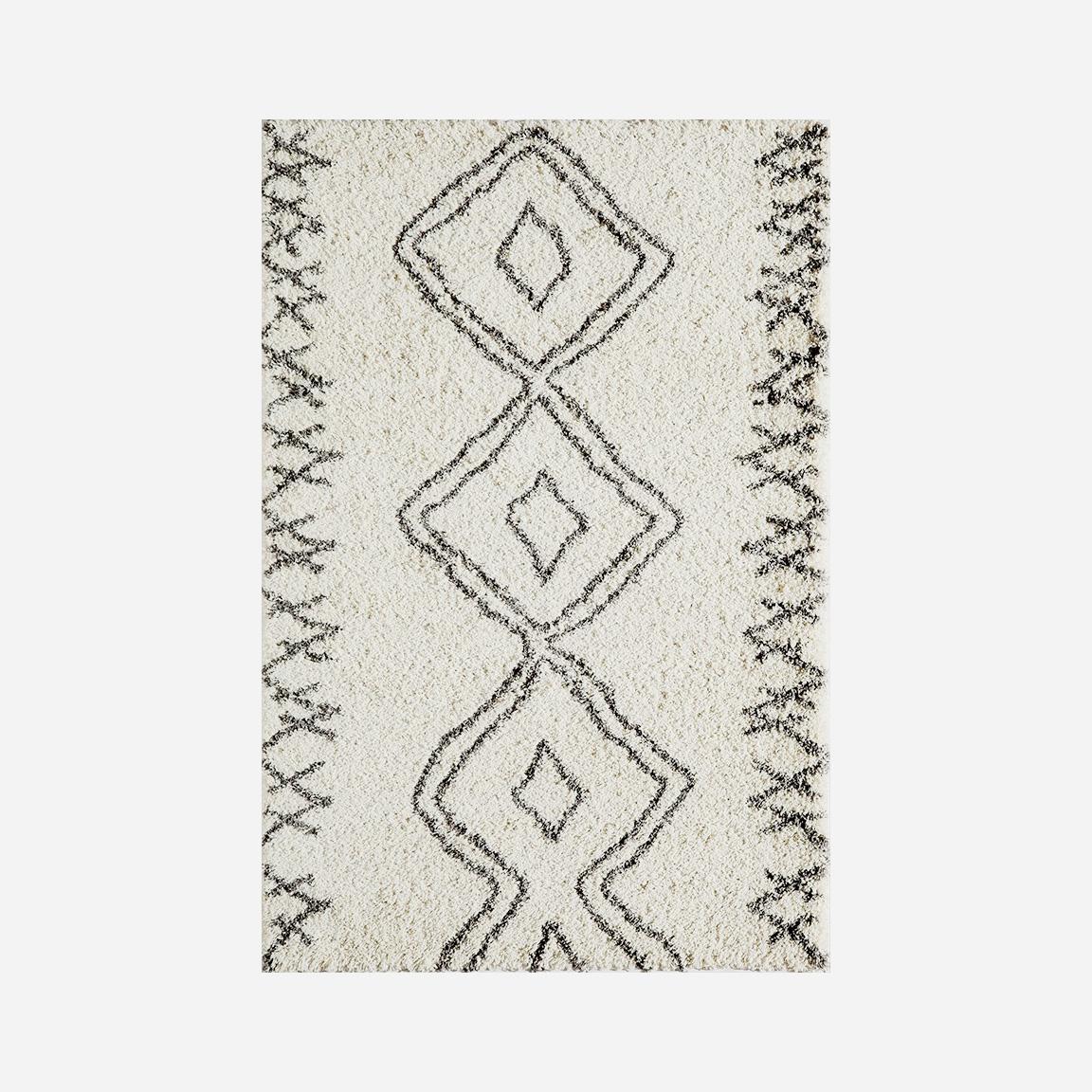 Momeni Maya • $399