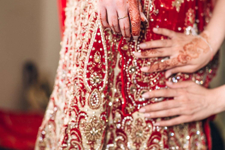 Hindu-Wedding-Photography-Paul-Liddement-Wedding-Stories-9.jpg