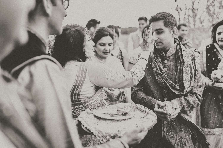 Hindu-Wedding-Photography-Paul-Liddement-Wedding-Stories-14.jpg