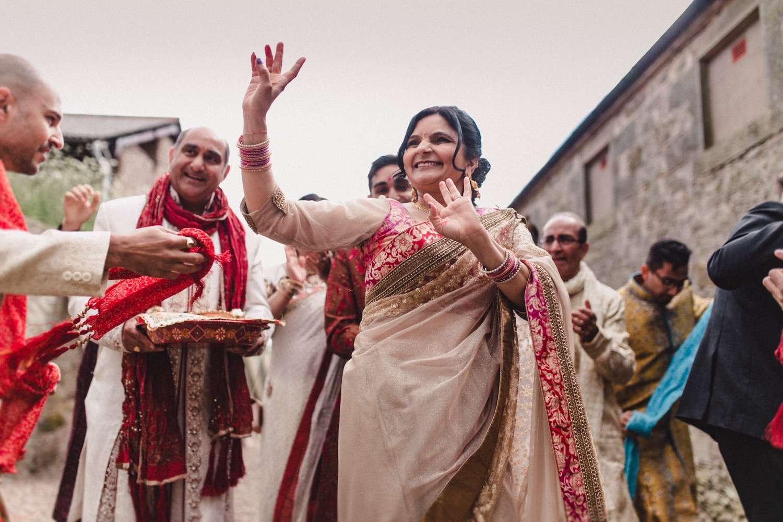 Hindu-Wedding-Photography-Paul-Liddement-Wedding-Stories-21.jpg