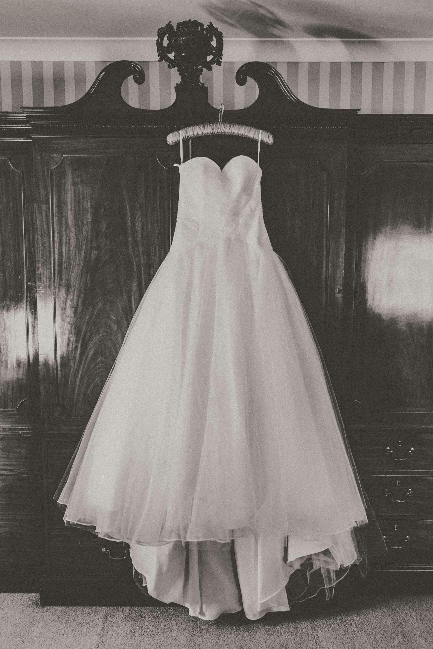 Stylish-Wedding-Photographer-Paul-Liddement-Wedding-Stories-3.jpg