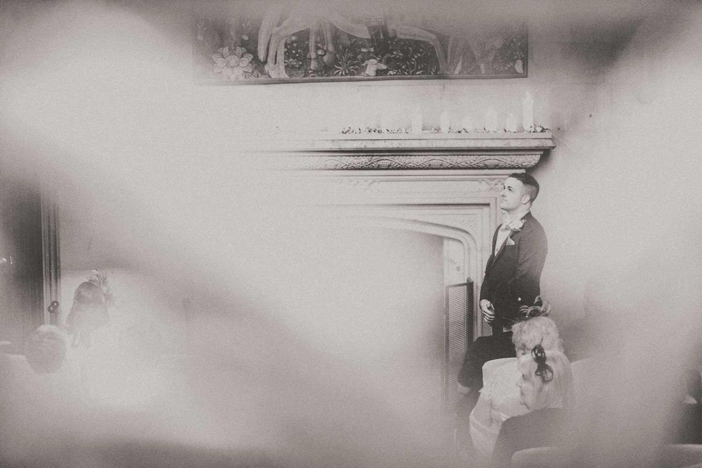 Stylish-Wedding-Photographer-Paul-Liddement-Wedding-Stories-17.jpg