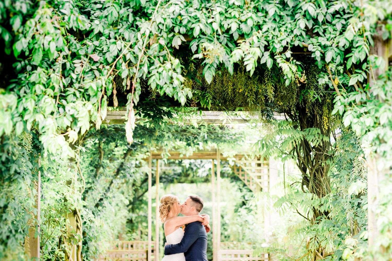 Stylish-Wedding-Photographer-Paul-Liddement-Wedding-Stories-42.jpg