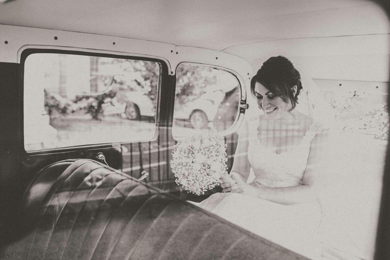The Natural Bride // Stacie McCulloch.  25 Jun  Walworth Castle
