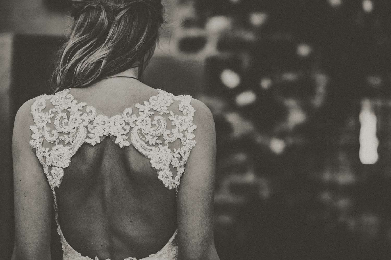 The Stylish Bride // Katy Slater // 08 Jul // Healey Barn