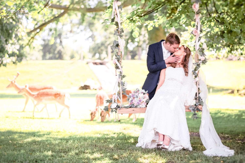 Wedding-photographer-Natural-Retreats-6.jpg