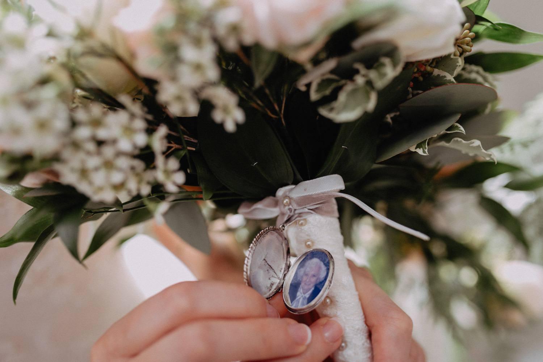 Middleton-Lodge-Wedding-Photographer-28.jpg