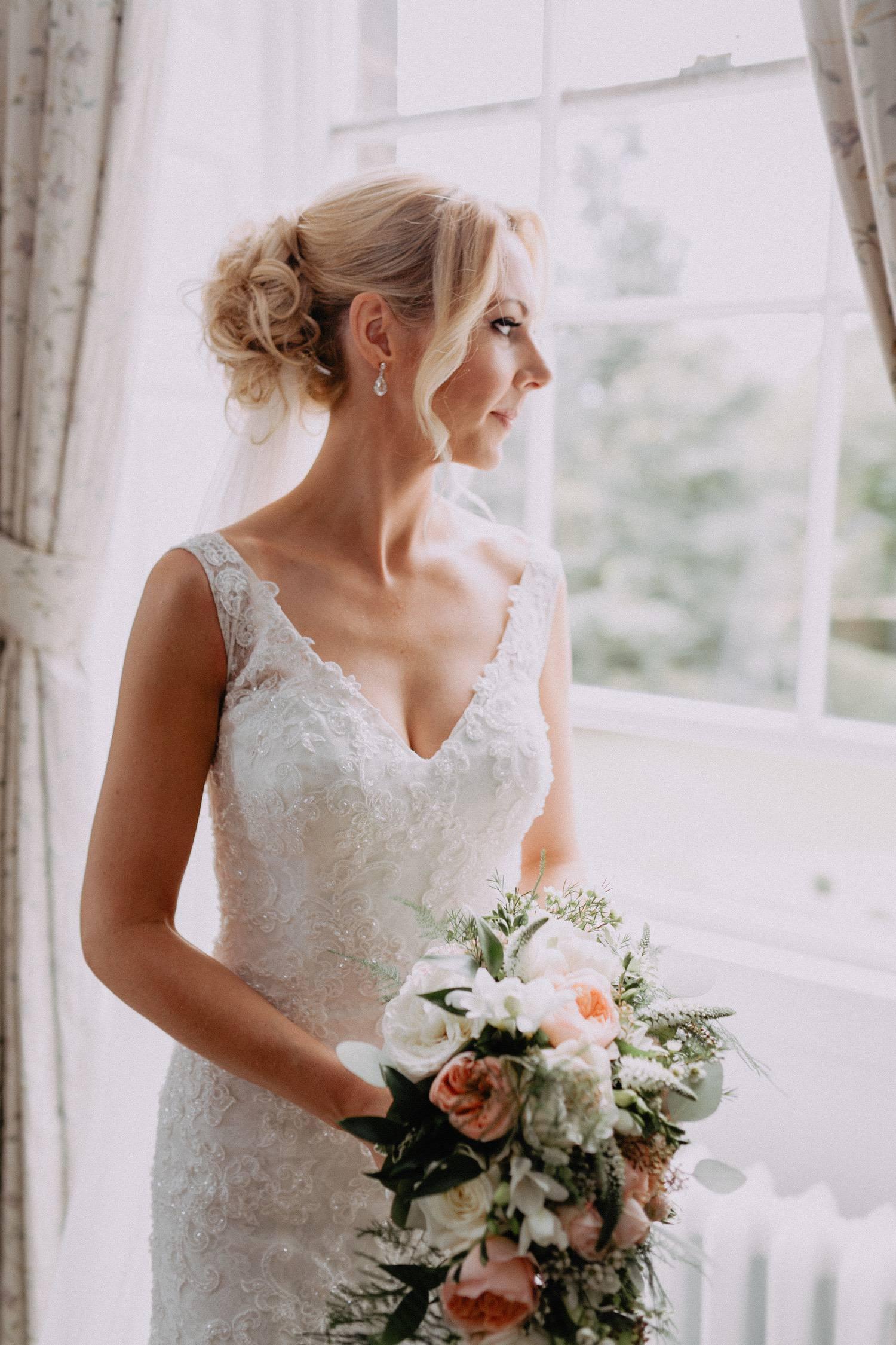 Middleton-Lodge-Wedding-Photographer-29.jpg