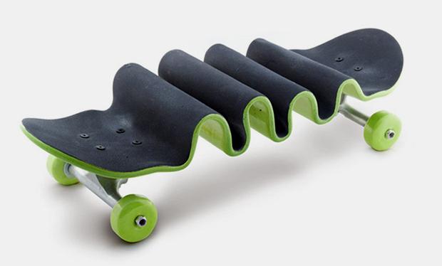 alex_trochut_wavy_skateboard.png