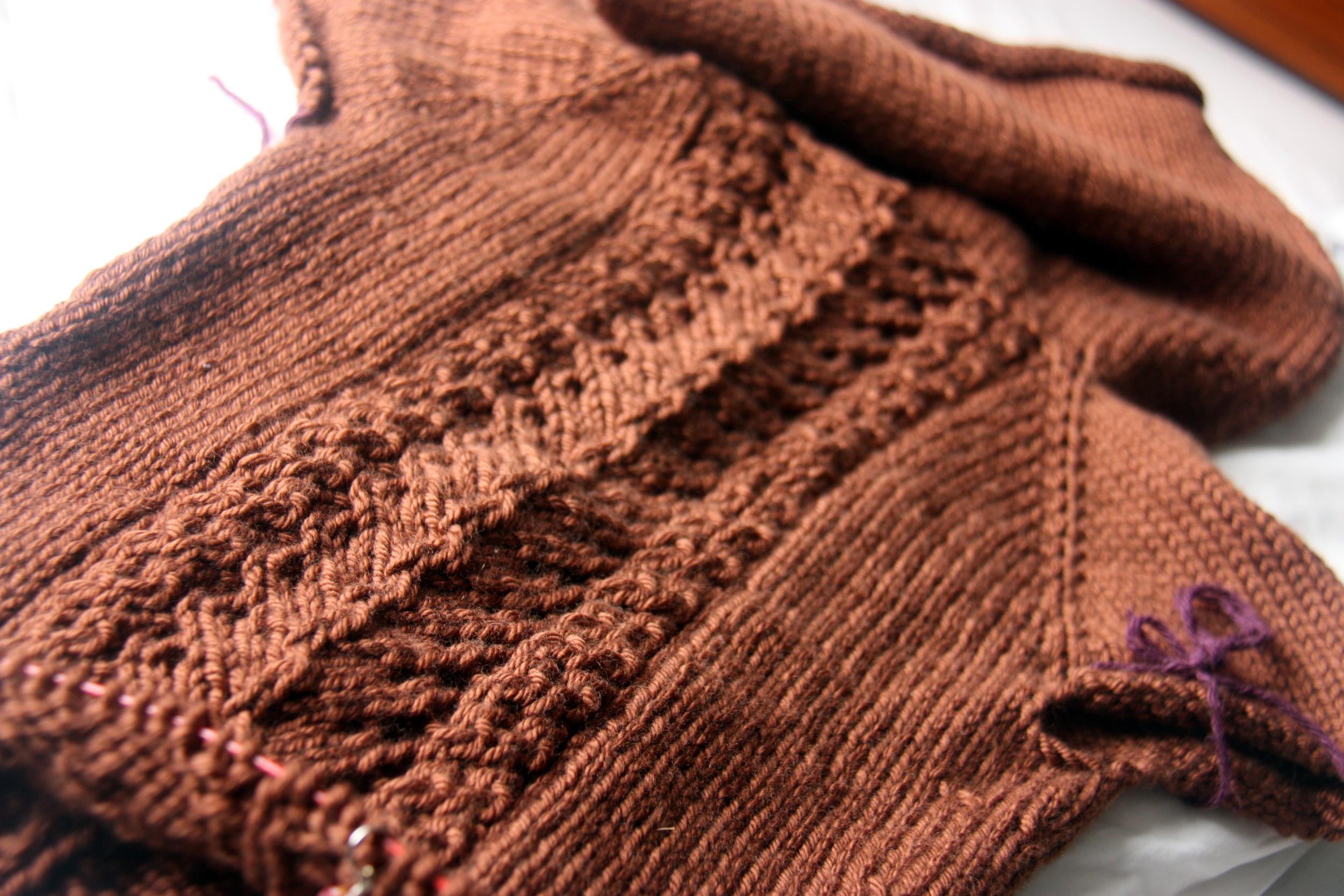 Hickory pattern using Debbie Bliss Cashmerino Chunky