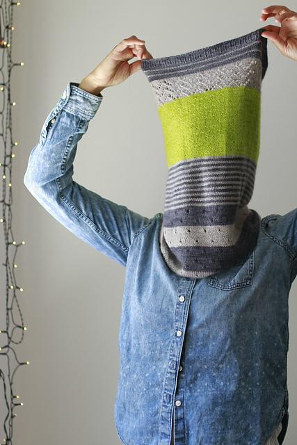 joji's 3 colour cashmere cowl