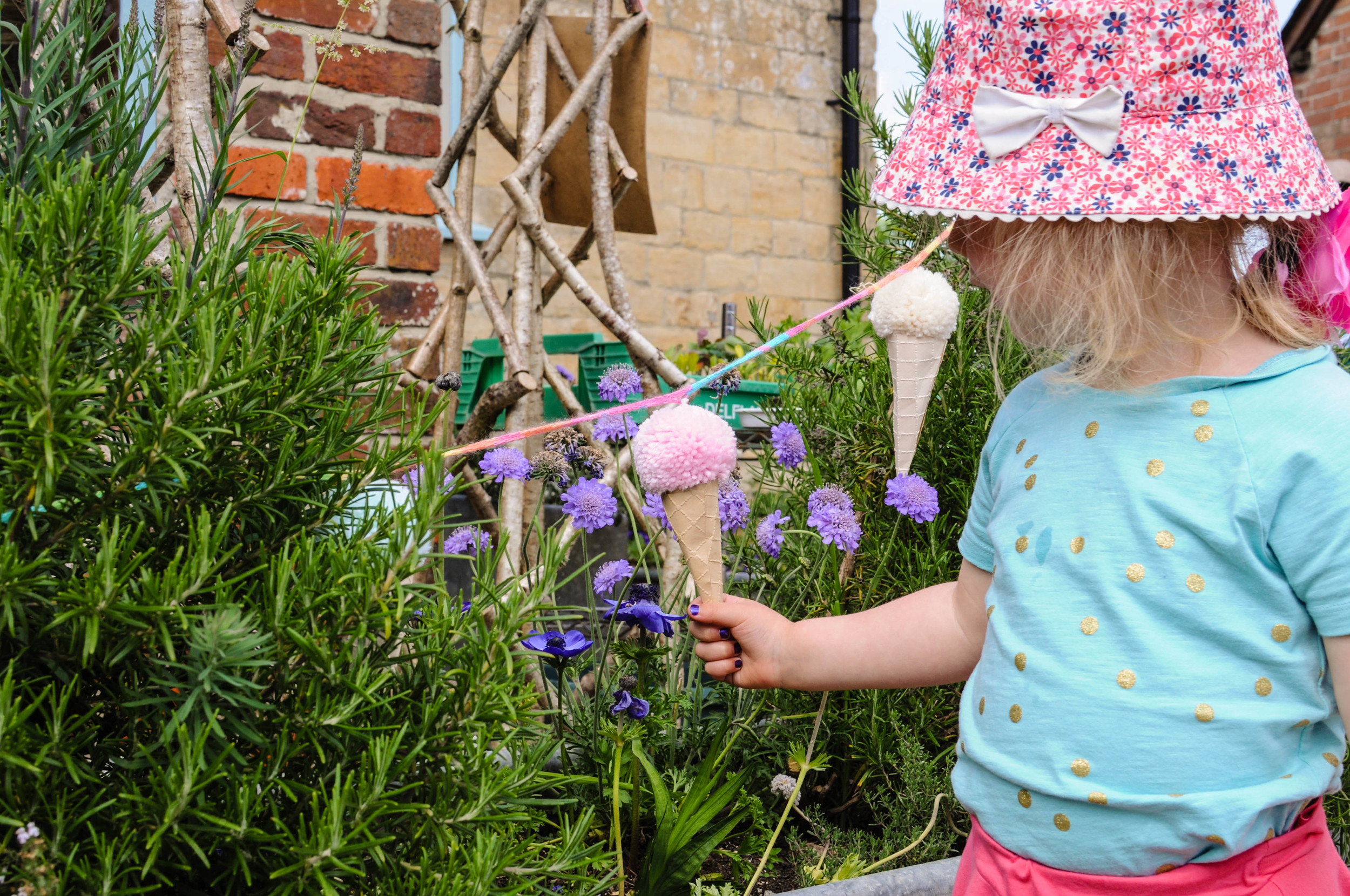Open Farm Sunday decorations