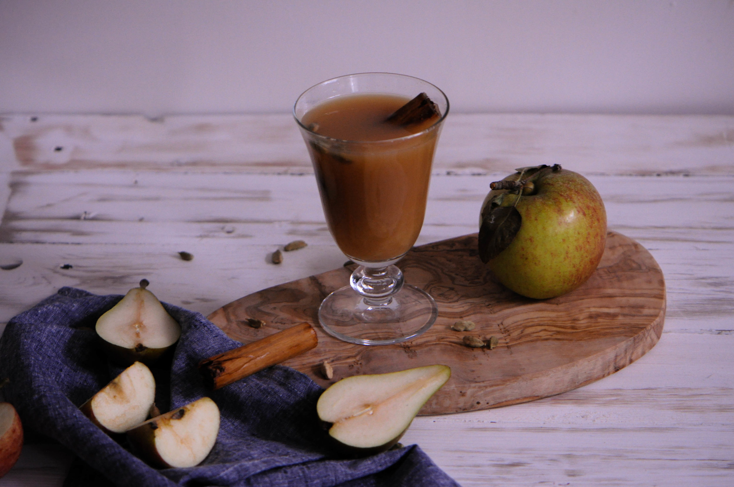 Mulled pear and ginger