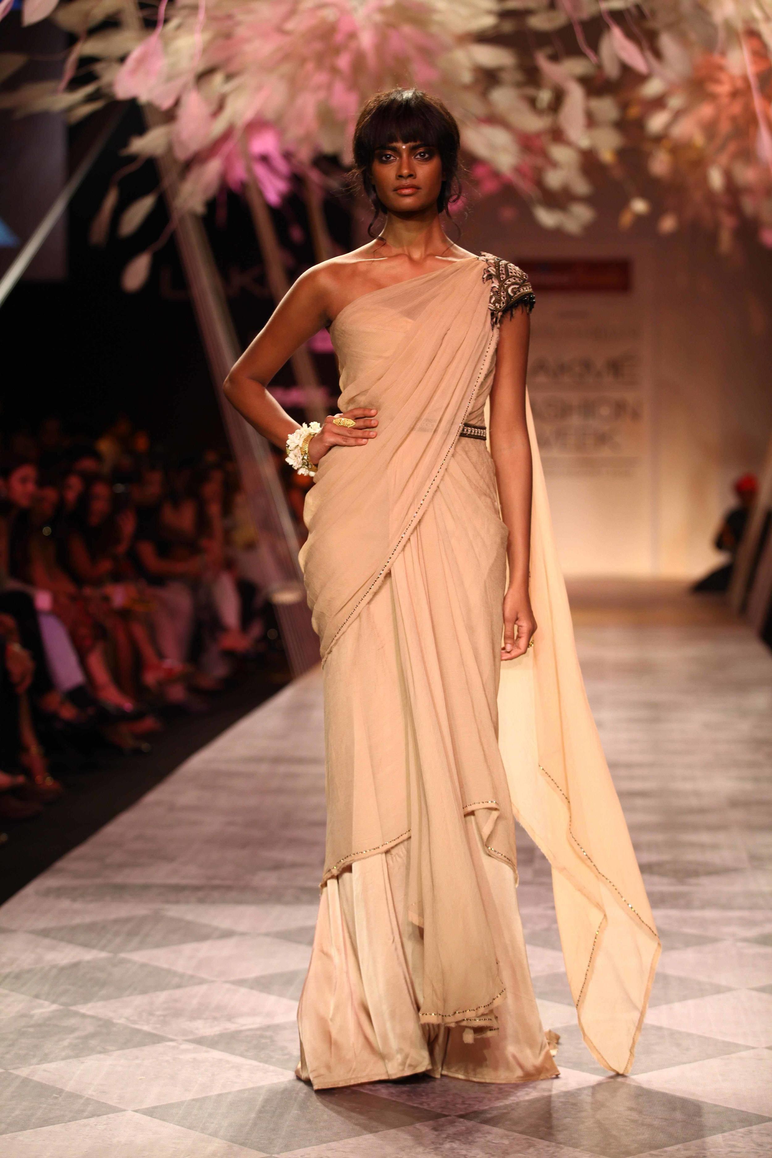 Tarun Tahiliani SS'14 Collection at LFW SR 2014 15.jpg