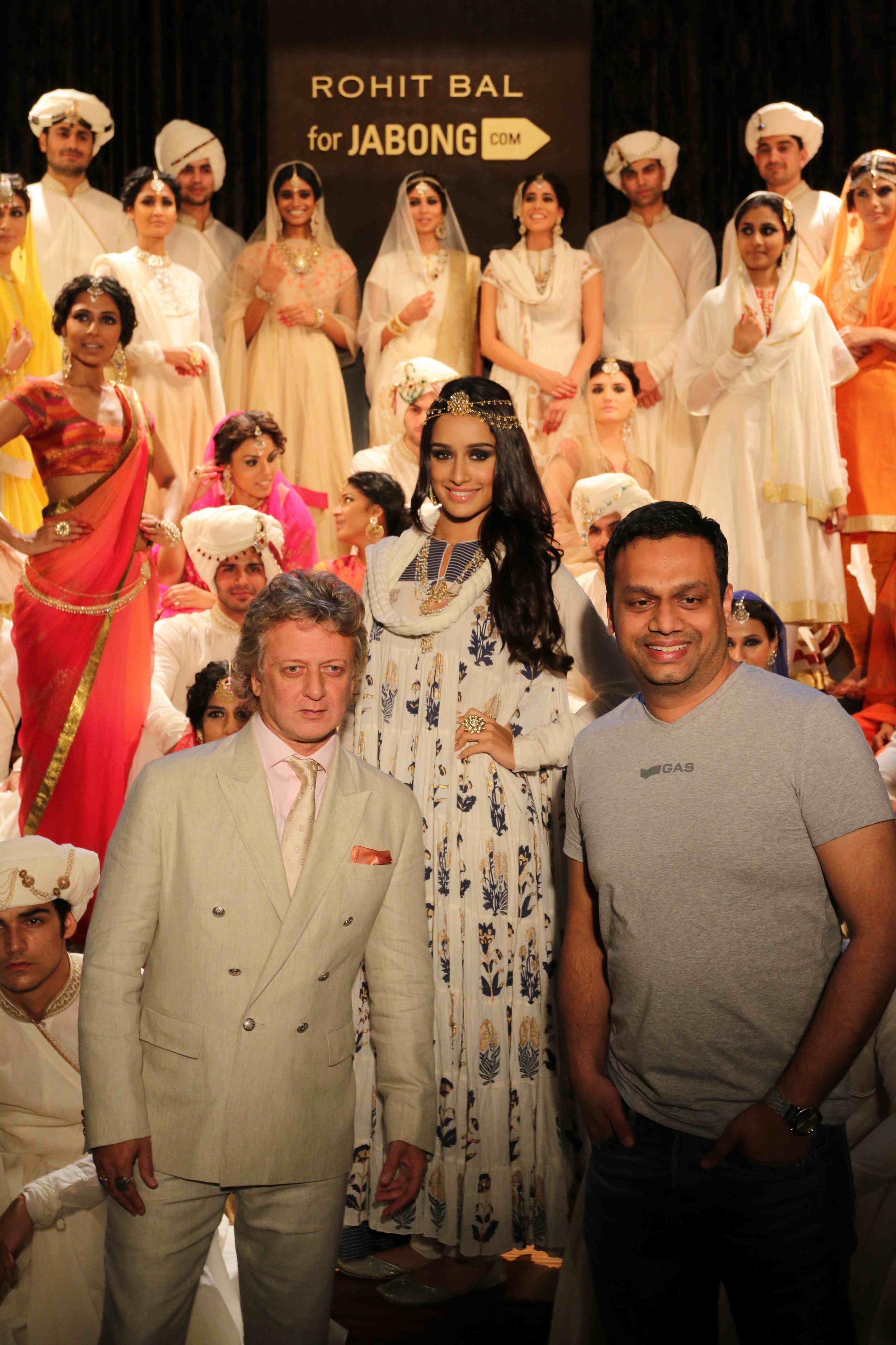 Rohit Bal, Shraddha Kapoor and Arun Chandra Mohan - Founder & CEO, Jabon....jpg