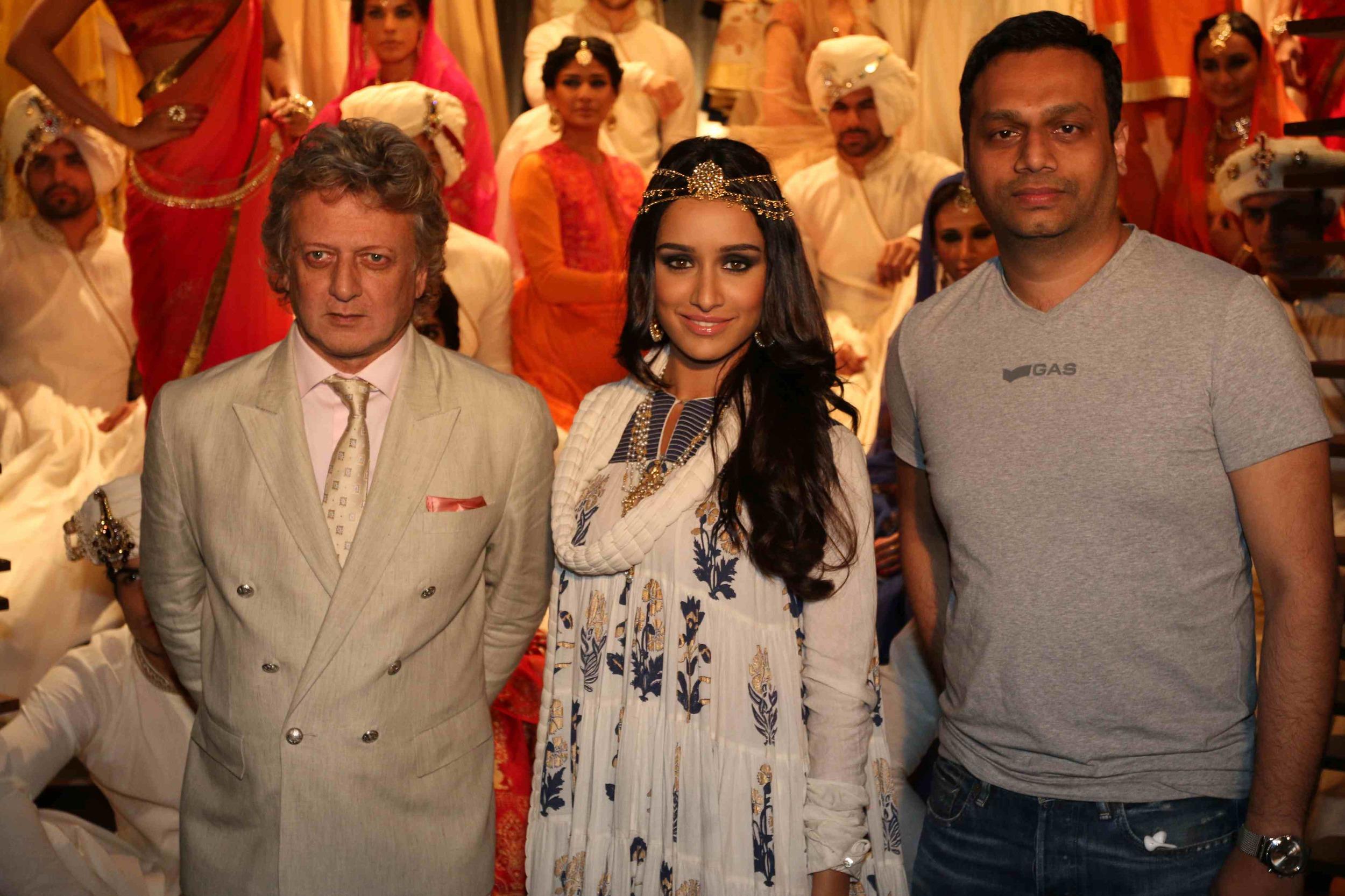 Rohit Bal, Shraddha Kapoor and Arun Chandra Mohan - Founder & CEO, Jabon... (1).jpg