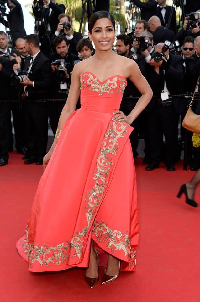 freida-pinto-orange-gown-cannes-2014-01.jpg