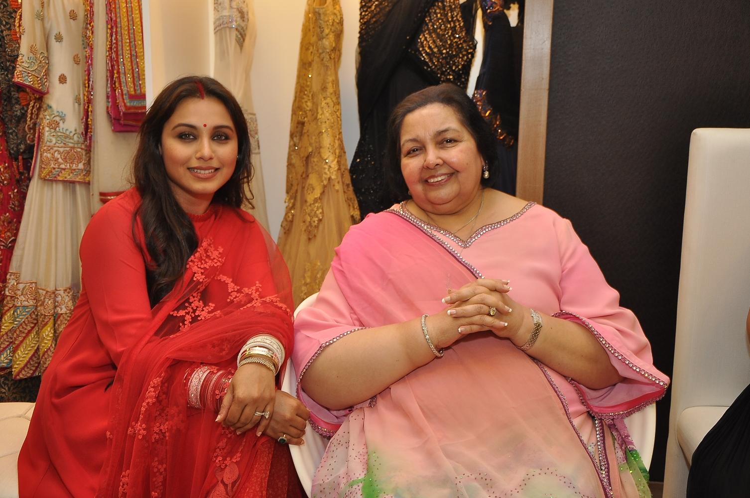Rani Mukerji with Pamela Chopra at DIVA'NI store launch
