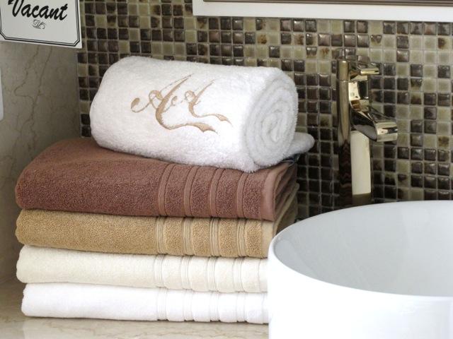 aa-living-luxury-towels-01.jpeg
