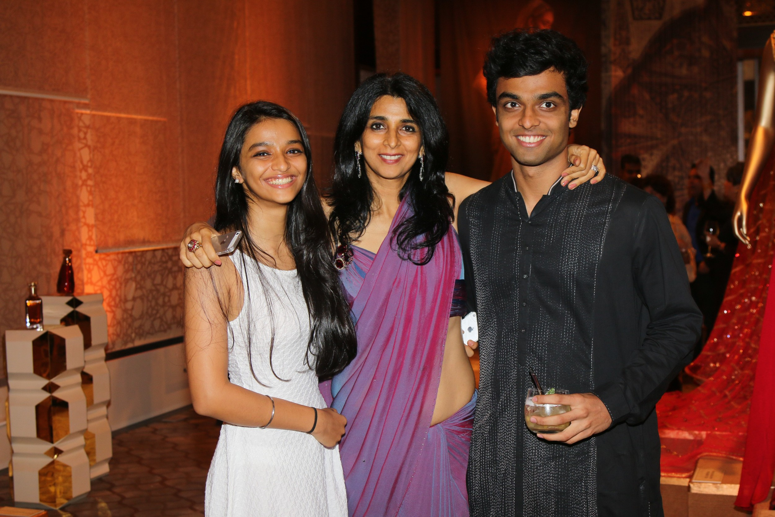 Tina Tahiliani Parikh with kids