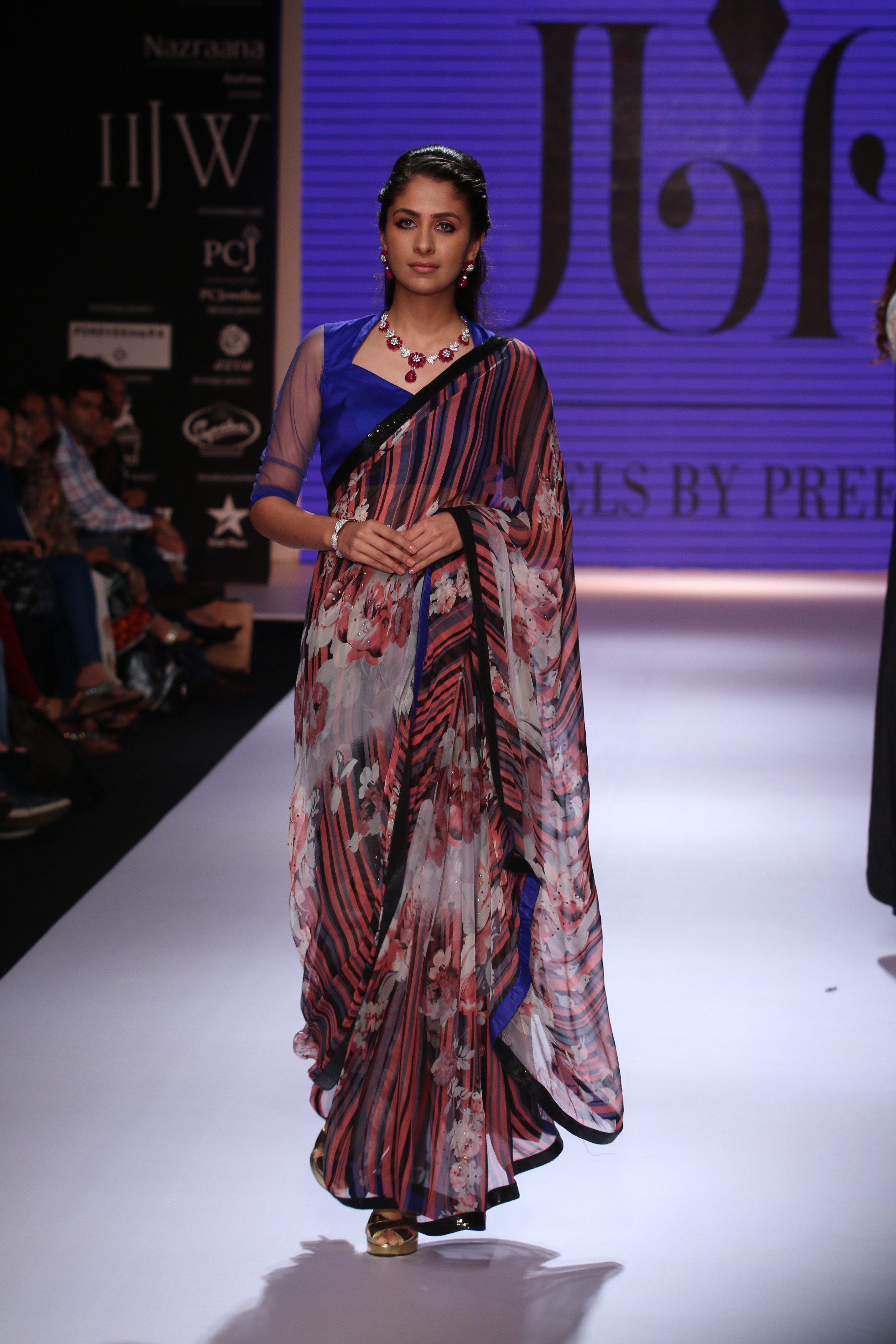Seen at India International Jewellery Week - A model walking for Jewels by Preeti.JPG