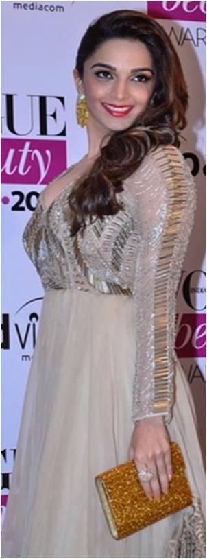 Kiara Advani carrying a Jimmy Choo clutch at the Vogue Beauty Awards 2014
