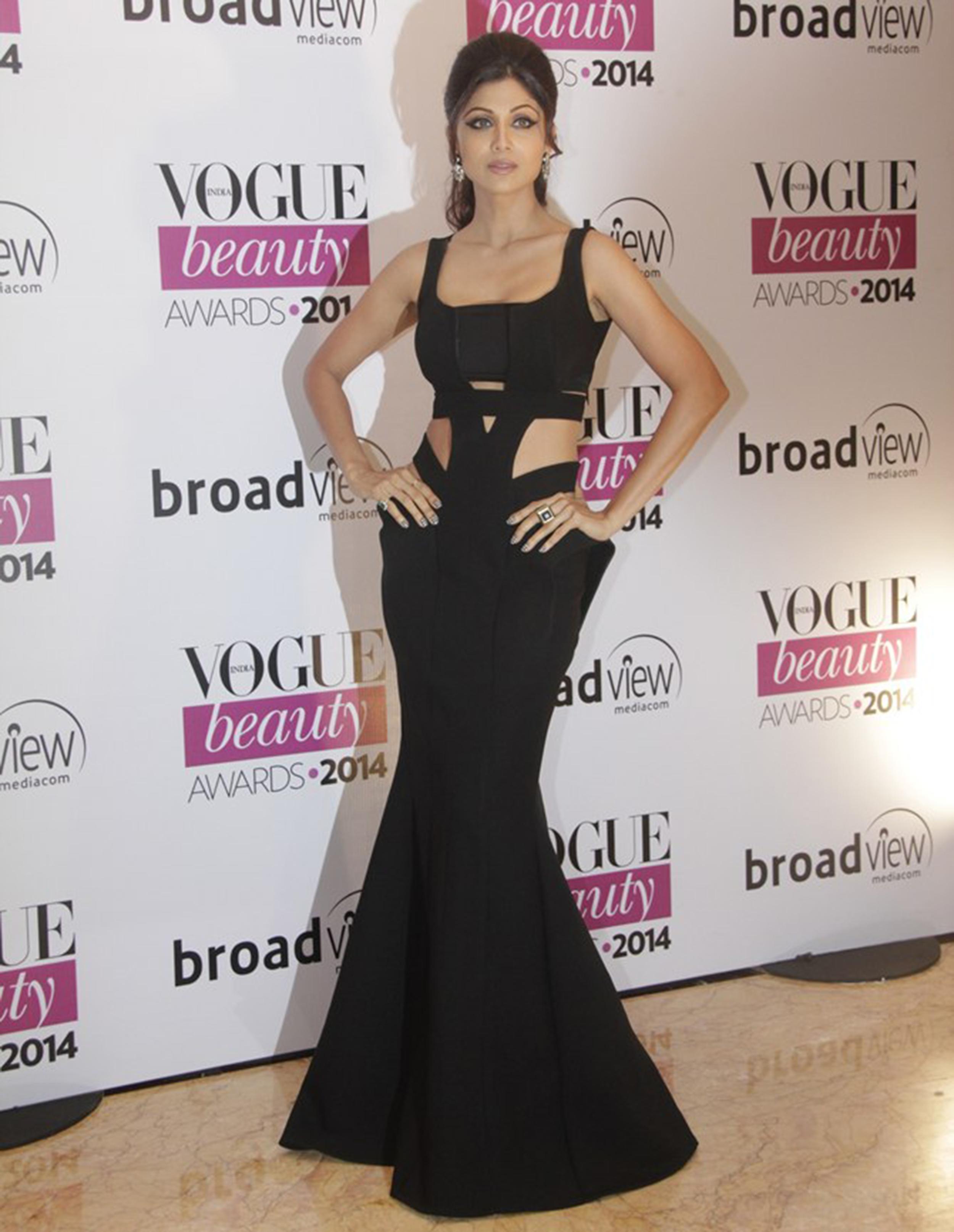 Shilpa Shetty in Monisha Jaising at theVogue Beauty Awards 2014
