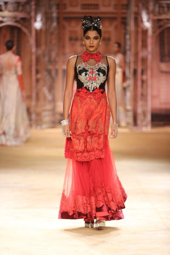ICW-2014-sulakshana-couture-22.JPG