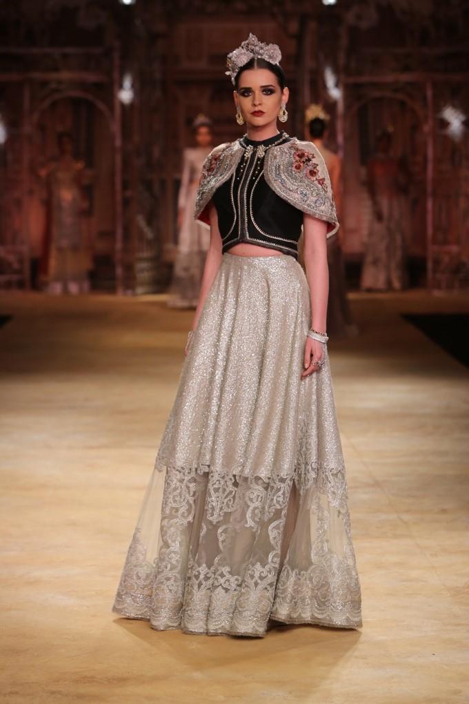 ICW-2014-sulakshana-couture-32.JPG