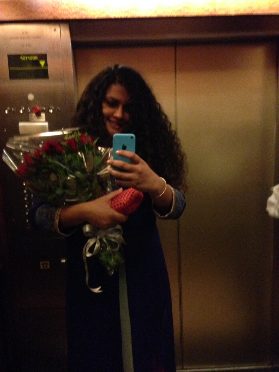 The last surprise of the evening was a bouquet of roses and a chocolate box with Middle Eastern delights. :-)