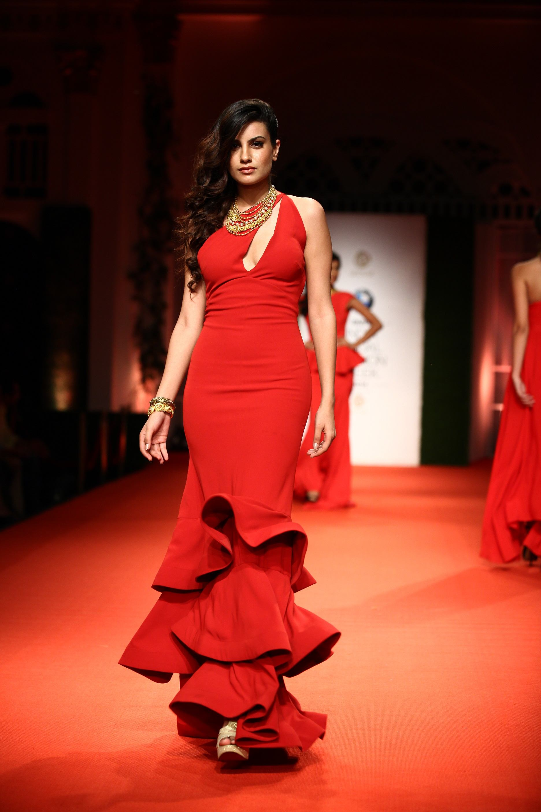 Azva Presents Gold Jewellery in its Most Elegant and Glamourous Avatar at BMW India Bridal Fashion Week 2014 in association with AZVA at DLF Emporio (9).jpg
