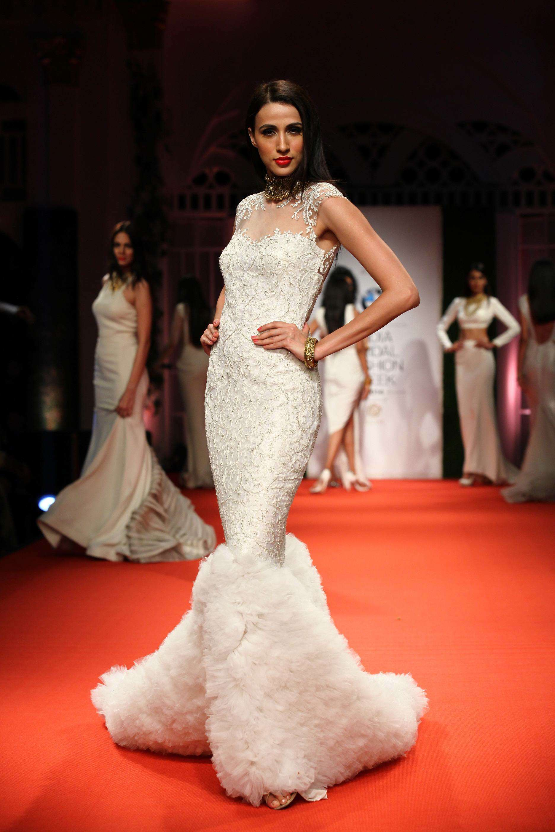 Azva Presents Gold Jewellery in its Most Elegant and Glamourous Avatar at BMW India Bridal Fashion Week 2014 in association with AZVA at DLF Emporio (1).jpg