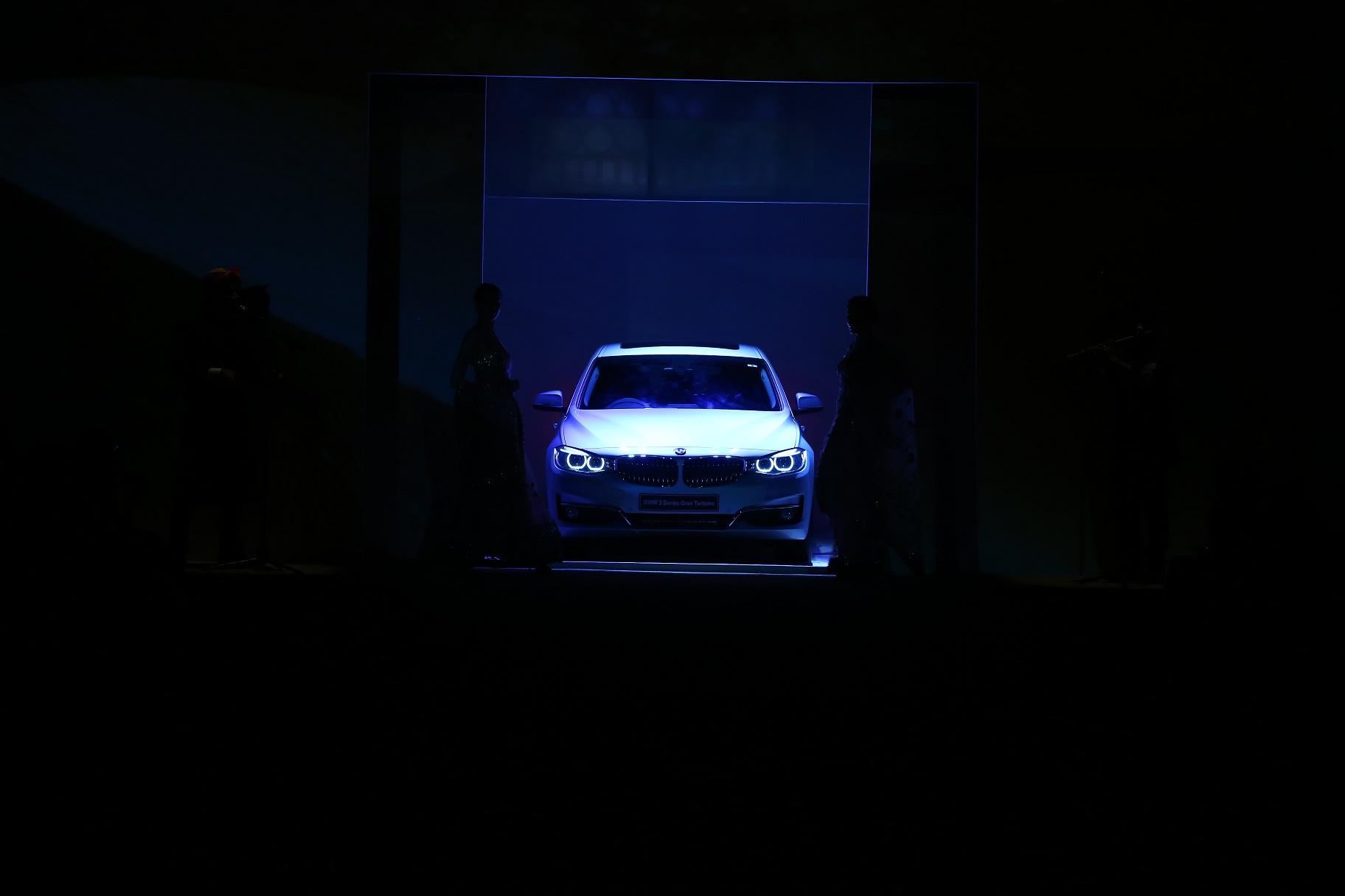 Seen at BMW India Bridal Fahsion Week 2014 in association with AZVA at  Ashima Leena's  show at DLF Emporio (43).JPG