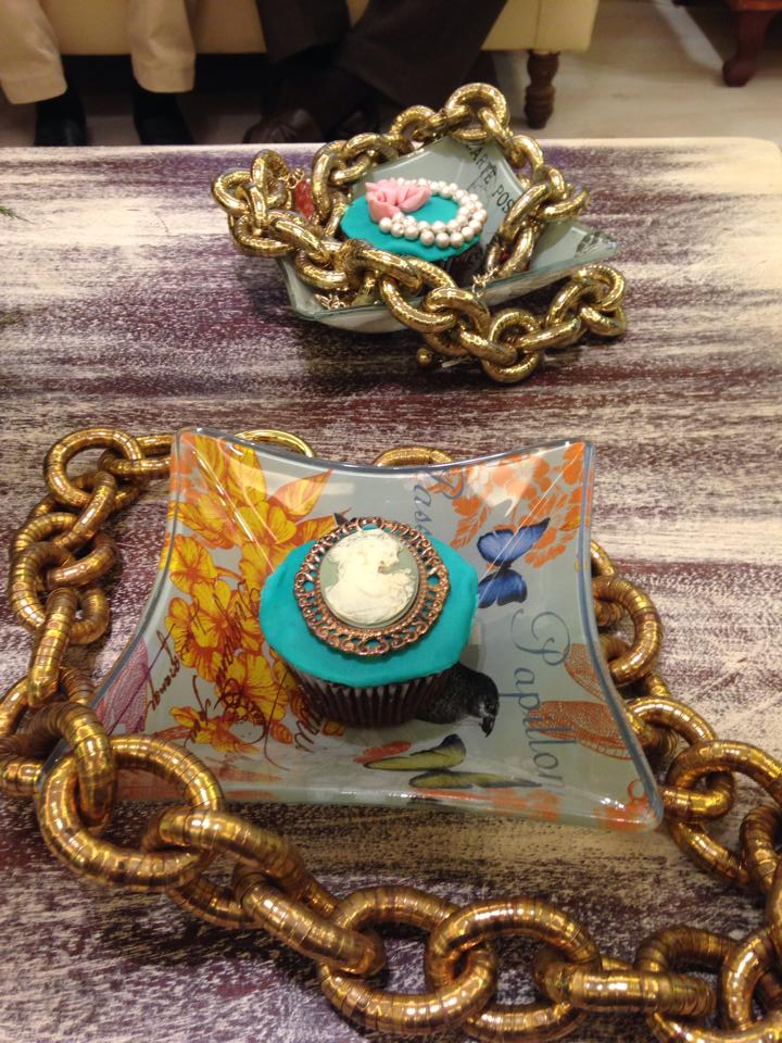 Bejewelled Cupcakes anyone?