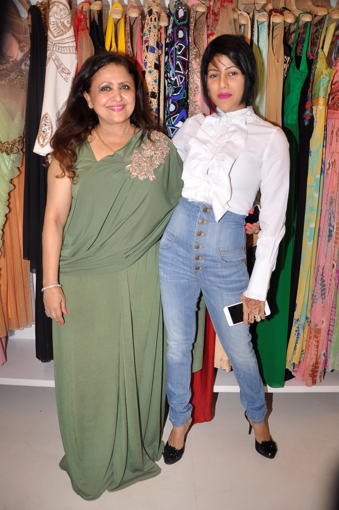 Reena Raaj with Wardha Nadiadwalla
