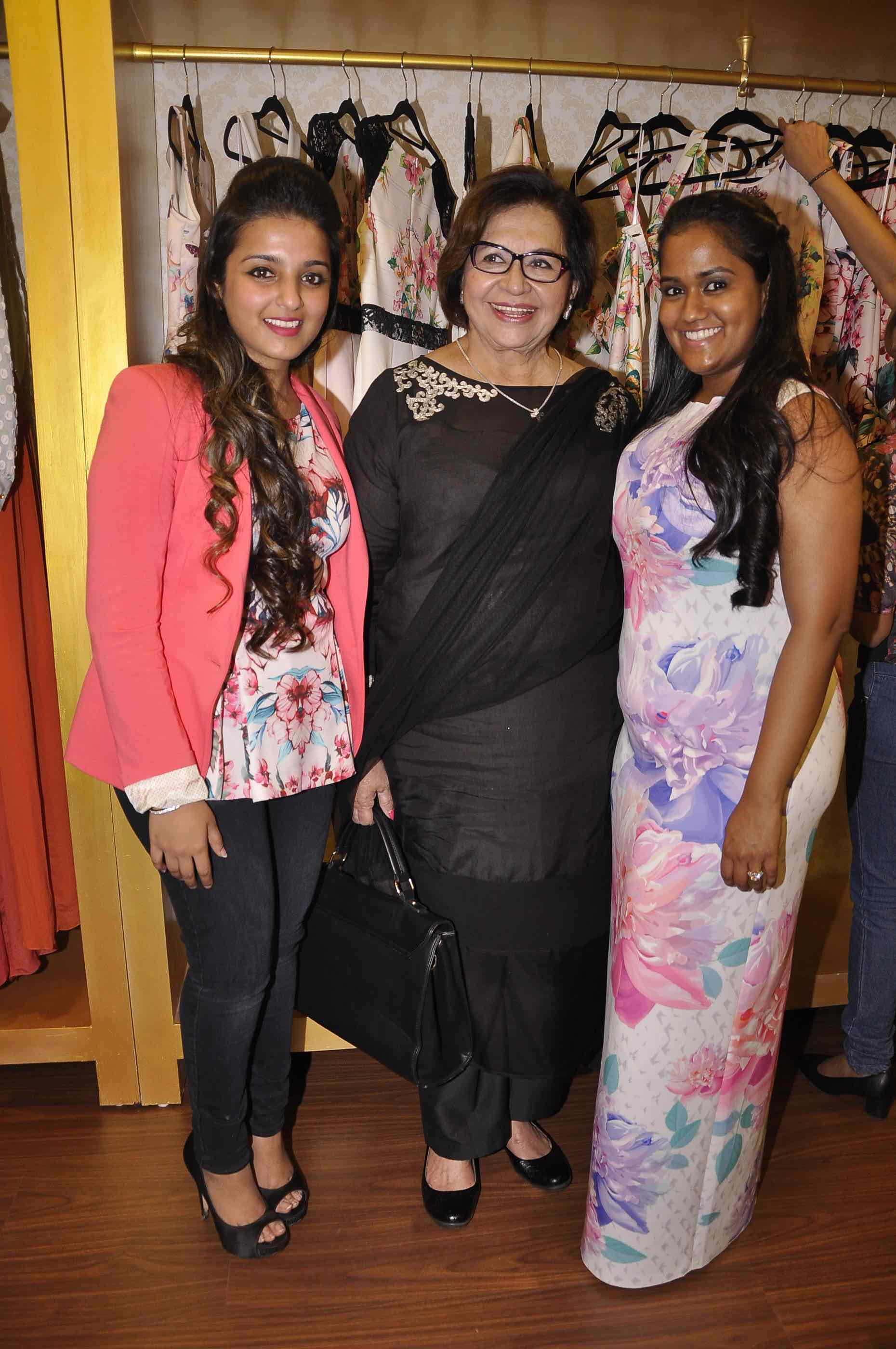 Ashna Gupta Kalra, Helen and Arpita Khan Sharma