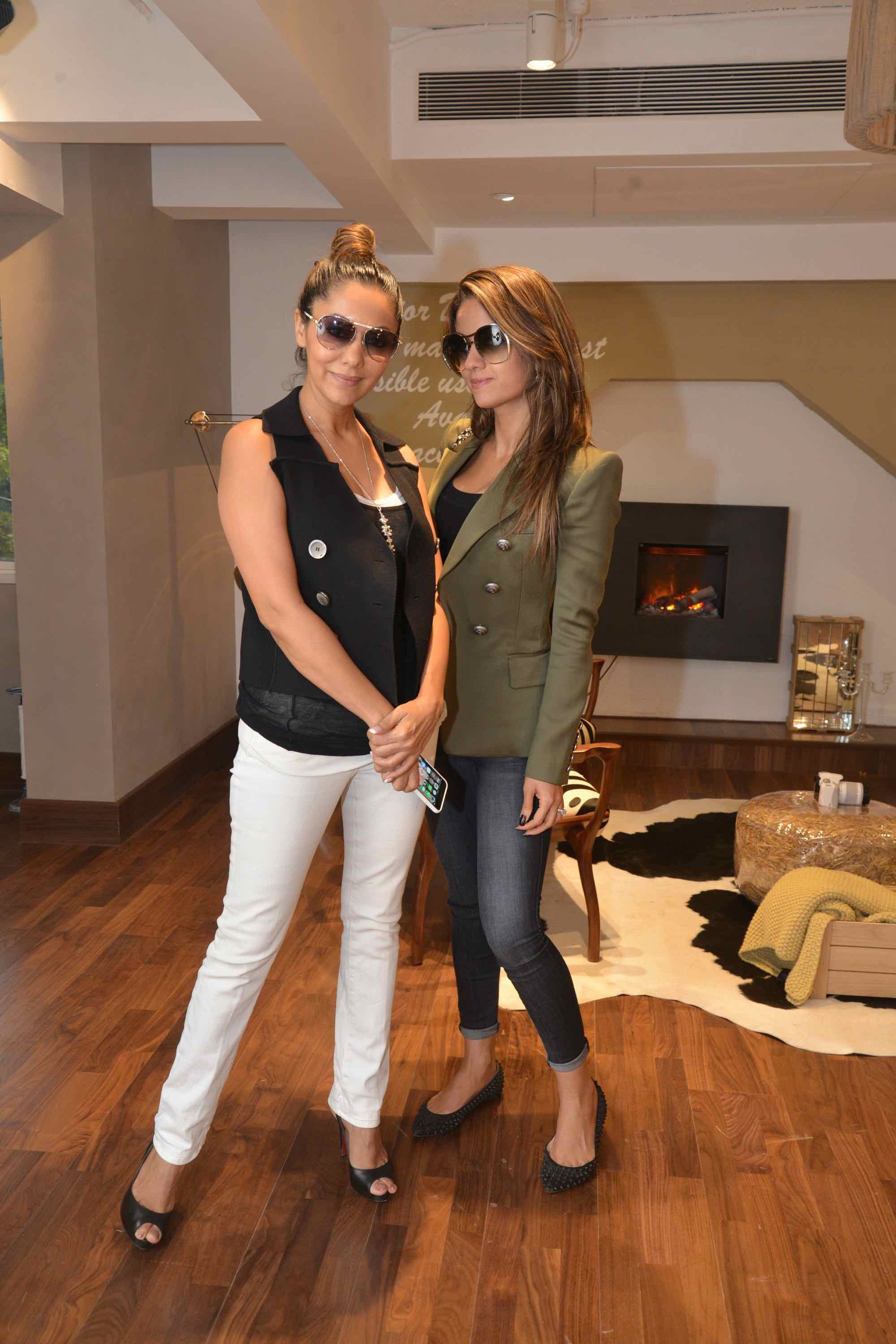 Gauri Khan And Natasha Poonawala At The Villeroy & Boch High Tea