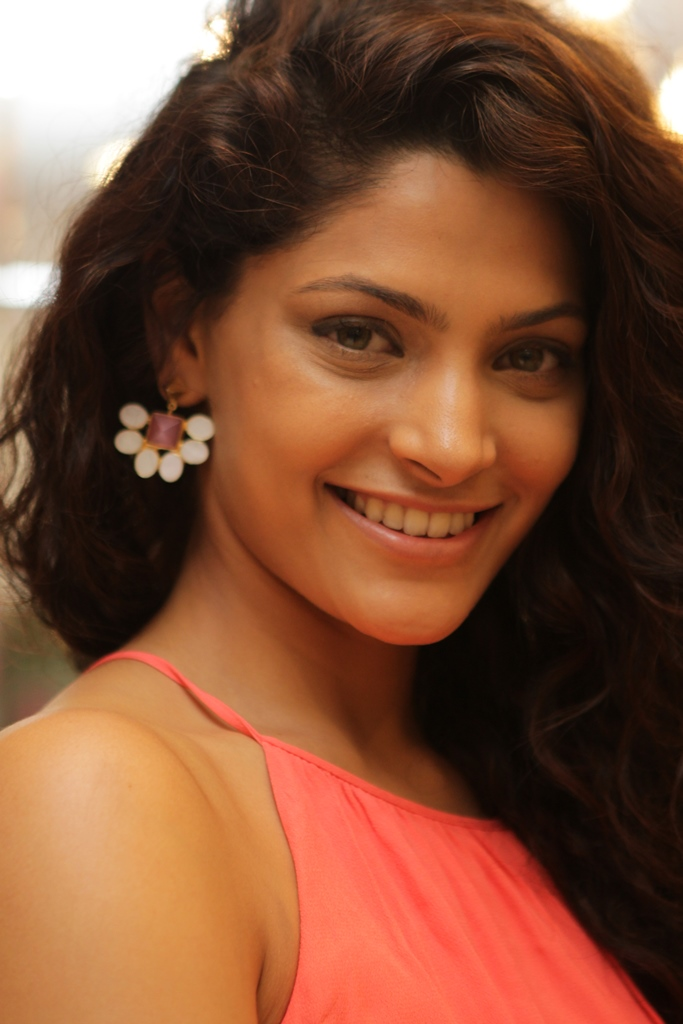 Saiyami Kher in jewellery by Mitaali Vohra 2.JPG