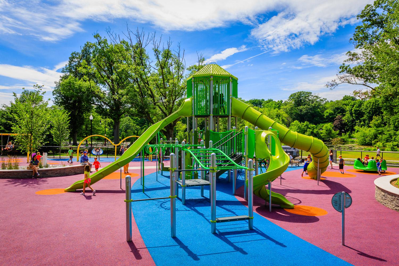 003_Playgrounds.jpg