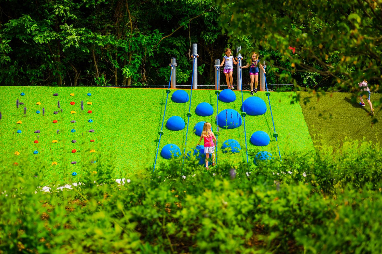 004_Playgrounds.jpg