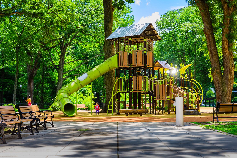 008_Playgrounds.jpg