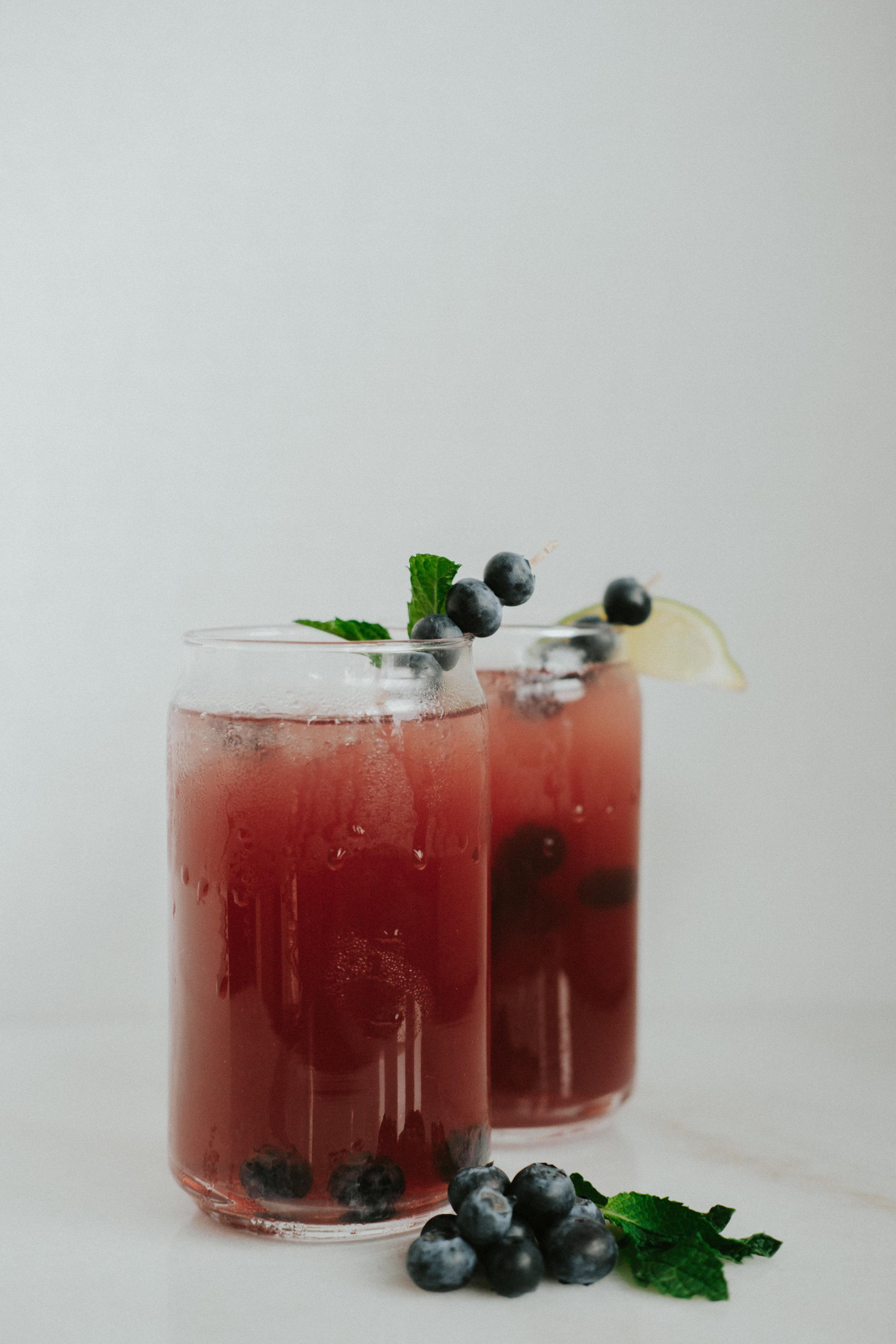 blueberry mint spritzer.jpg