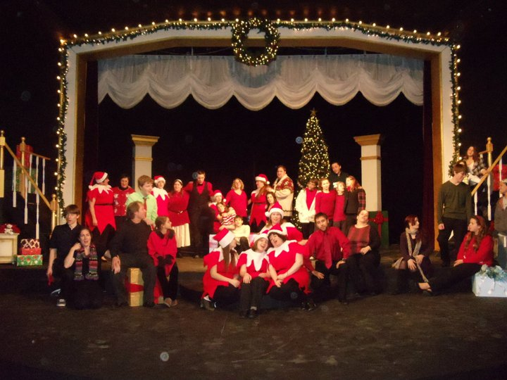 CHRISTMAS REVUE 210