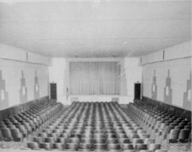 insidetheater-old-bw.png