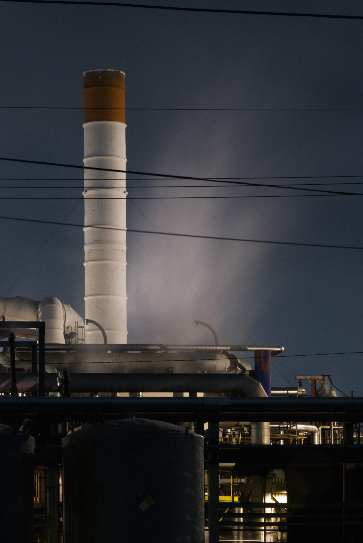 2007_12_29_refinery043-wrking.jpg