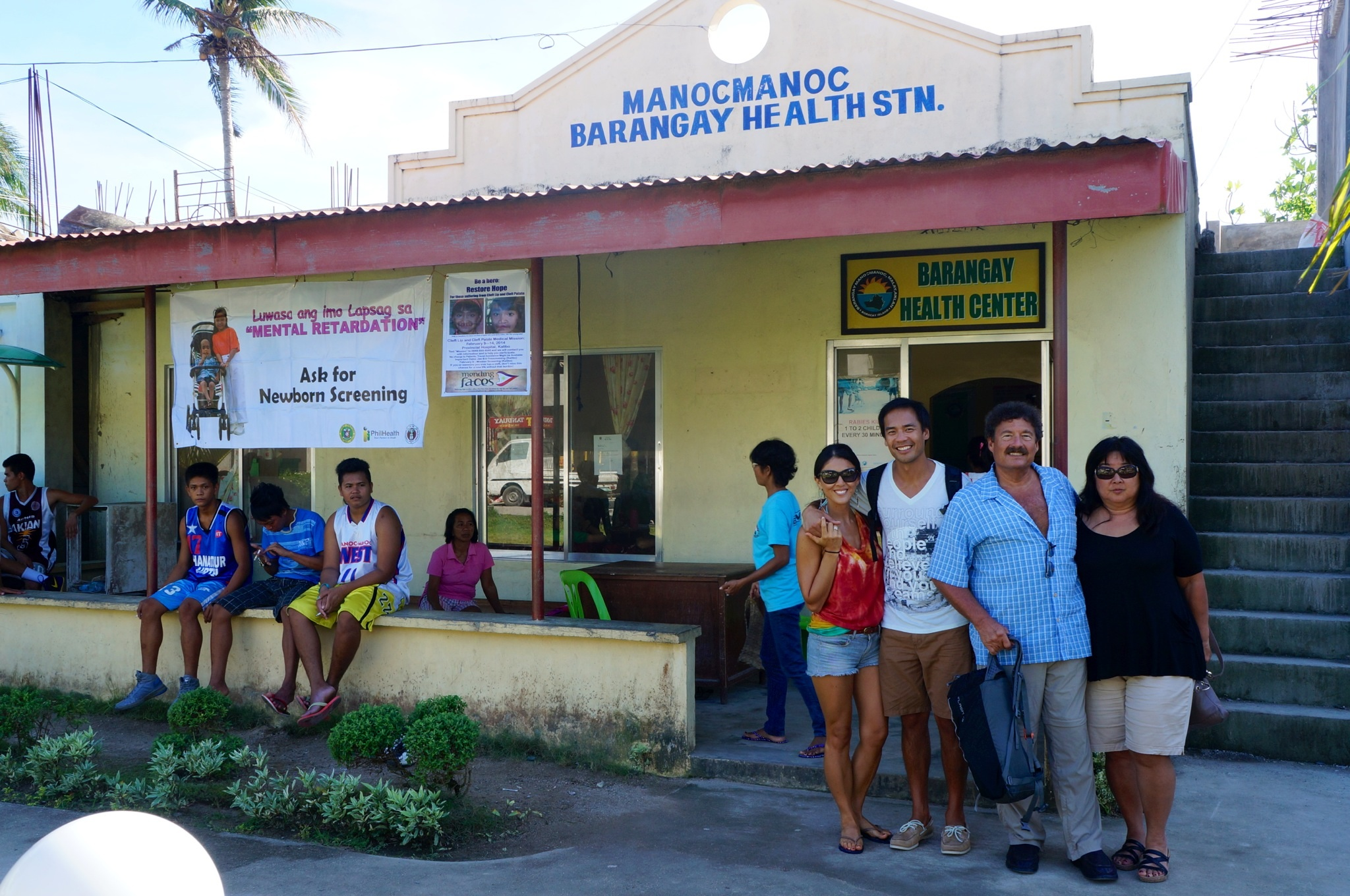 Setting up the eye and medical clinic at Barangay Manoc Manoc in Boracay.