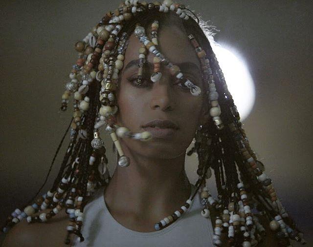 @saintrecords #classic #fashion #hair #Solange #donttouchmyhair #video #aseatatthetable